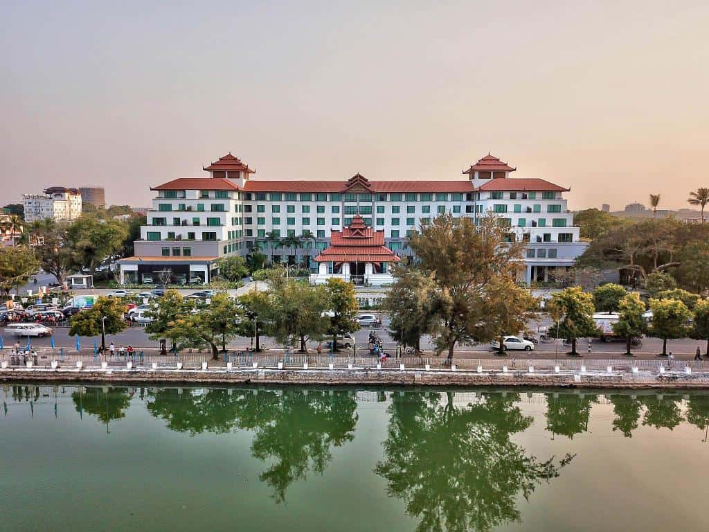 Hotel Mandalay